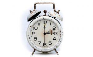 ¿Cómo debe ser el control de horario?